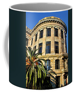 Old Courthouse-new Orleans Coffee Mug