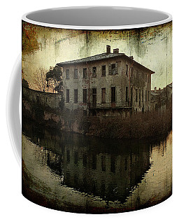 Old House On Canal Coffee Mug