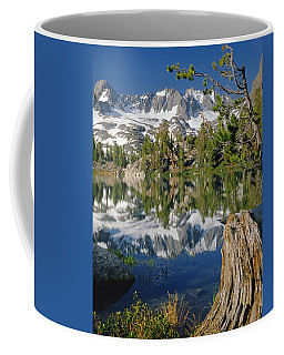 2m6443-v-palisade Peaks And Summit Lake V Coffee Mug