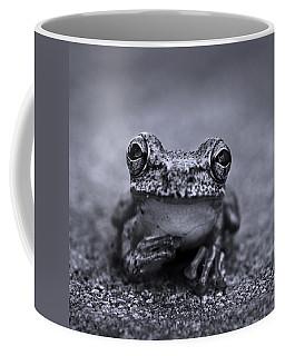 Pondering Frog Bw Coffee Mug