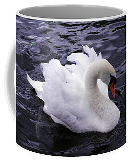 Pretty Swan Coffee Mug