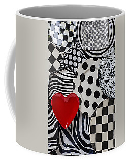 Red Heart Plate On Black And White Plates Coffee Mug