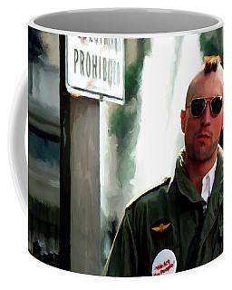 Robert De Niro In The Film Taxi Driver - Martin Scorsese 1976 Coffee Mug