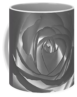 Coffee Mug featuring the photograph Rose by Geraldine DeBoer