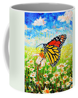 Royal Monarch Butterfly In Daisies Coffee Mug