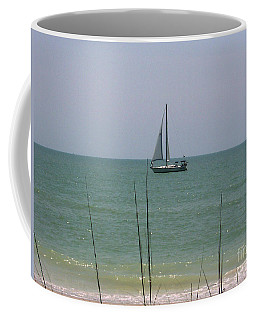 Coffee Mug featuring the photograph Sailing In The Gulf by D Hackett