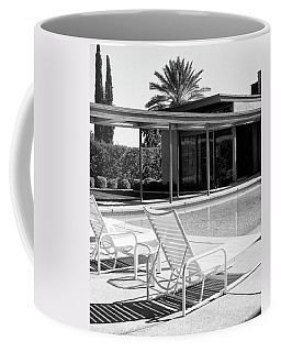 Sinatra Pool Bw Palm Springs Coffee Mug