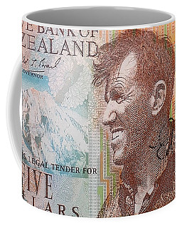 Sir Edmund Hillary Signed Banknote Coffee Mug