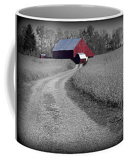 Smithsburg Barn Coffee Mug by Robert Geary