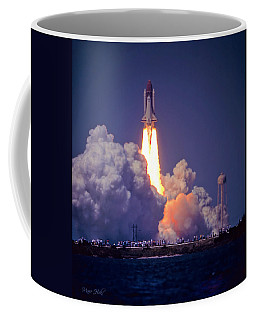 Space Shuttle Challenger Sts-6 First Flight 1983 Photo 1  Coffee Mug