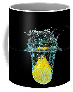 Splashing Lemon Coffee Mug