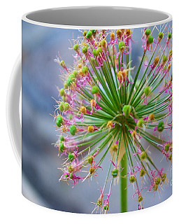 Coffee Mug featuring the photograph Star Burst by John S
