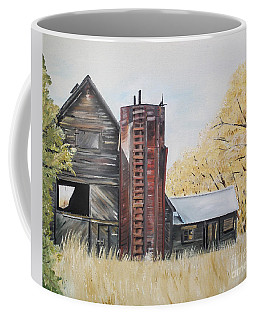 Golden Aged Barn -washington - Red Silo  Coffee Mug