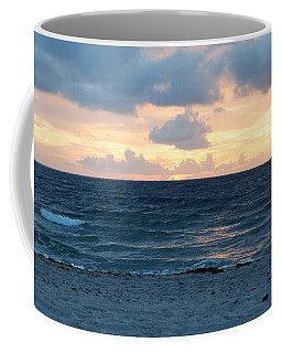 Coffee Mug featuring the photograph Sunrise In Deerfield Beach by Rafael Salazar