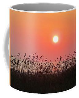 Coffee Mug featuring the photograph Sunset At The Beach by Cynthia Guinn