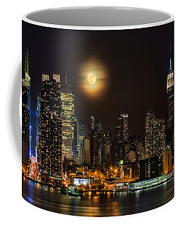 Super Moon Over Nyc Coffee Mug by Susan Candelario