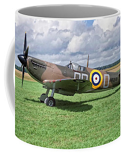 Coffee Mug featuring the photograph Supermarine Spitifire 1a by Paul Gulliver