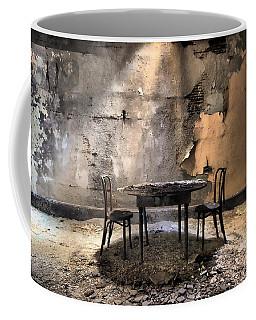 Table 4 Two Coffee Mug