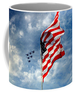 The Star Spangled Banner Yet Waves Coffee Mug
