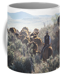 Trailing Cattle Coffee Mug