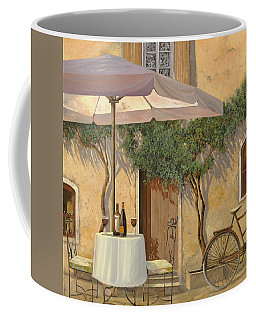 Un Ombra In Cortile Coffee Mug