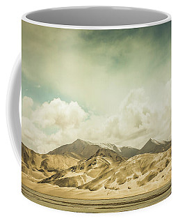 Vast Desert Mountain Landscape Coffee Mug