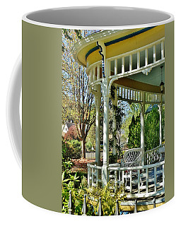 Victorian Rounded Porch Coffee Mug