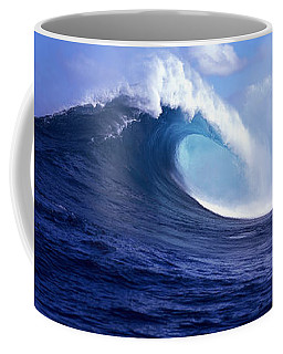 Waves Splashing In The Sea, Maui Coffee Mug