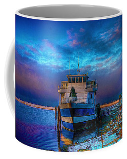 Welcome Sun Breaking The Cold Coffee Mug