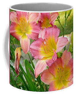 3 Lillies Coffee Mug