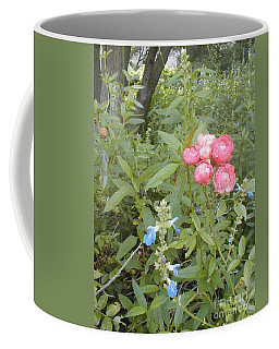 Coffee Mug featuring the photograph Antique Rose by Vonda Lawson-Rosa