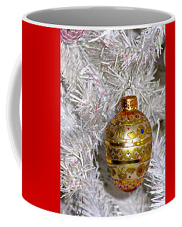 Coffee Mug featuring the photograph For That Special Christmas Card by Phyllis Kaltenbach