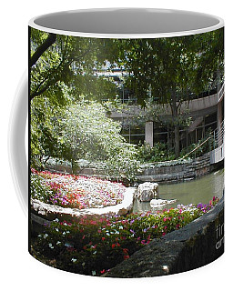 Coffee Mug featuring the photograph Inner Courtyard by Vonda Lawson-Rosa