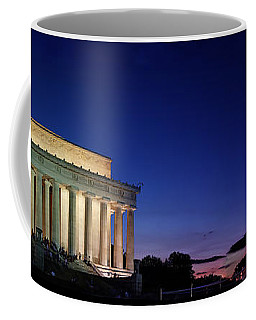 Lincoln Memorial At Sunset Coffee Mug