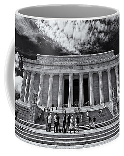 Lincoln Memorial In Black And White Coffee Mug