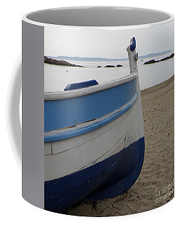 Coffee Mug featuring the photograph Morning Seascape by Lainie Wrightson