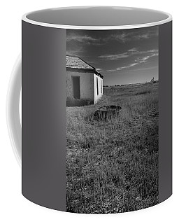 Coffee Mug featuring the photograph On The Hi-lo Plains by Ron Cline