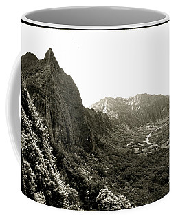 Pali Lookout Coffee Mug by Mark Gilman