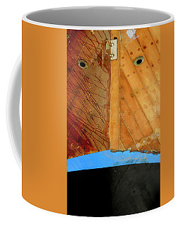 Coffee Mug featuring the photograph The Face by Pedro Cardona