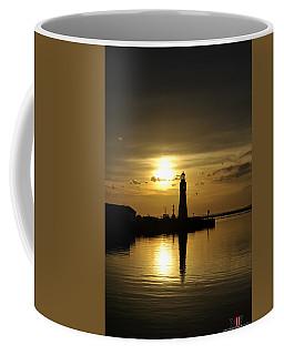 01 Sunsets Make You Happy Coffee Mug