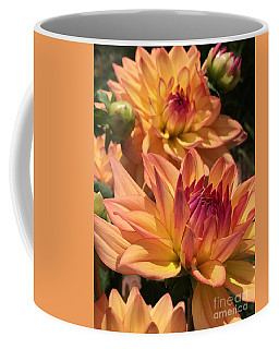 Dahlia Delight II Coffee Mug