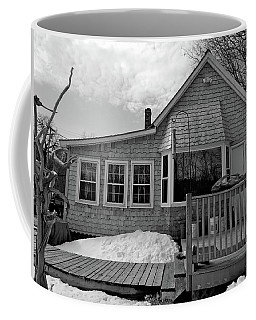 Housesitting 10 Coffee Mug