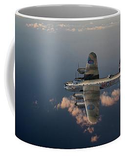 Kangaroo Nose Art Lancaster W5005 Coffee Mug