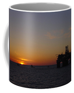 Thunder Horse Tow Out Coffee Mug