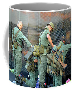 Veterans At Vietnam Wall Coffee Mug