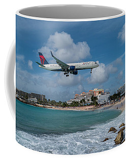 Delta Air Lines Landing At St. Maarten Coffee Mug