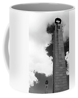 Coffee Mug featuring the photograph 25 De Abril Monument In Black And White by Lorraine Devon Wilke
