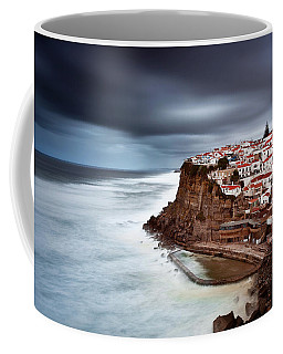 Coffee Mug featuring the photograph Upcoming Storm by Jorge Maia