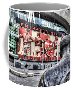 Thierry Henry Statue Emirates Stadium Coffee Mug