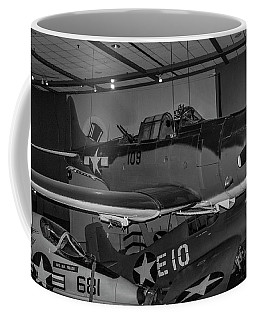 4254- Air And Space Museum Black And White Coffee Mug